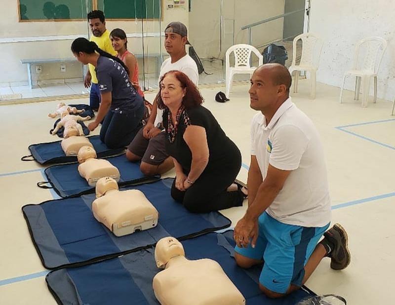 Treinamento foi realizado na academia Raquetes Clube, em março
