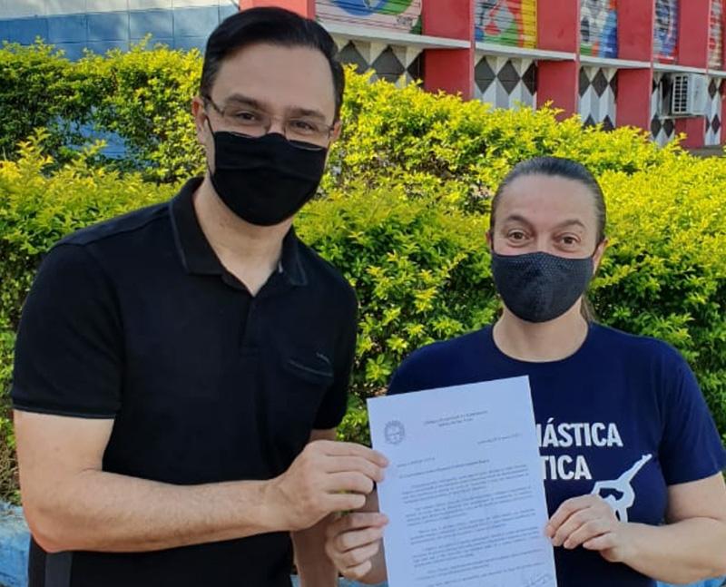 Brochi e Pingo, hoje à tarde, no Centro Cívico: verba liberada