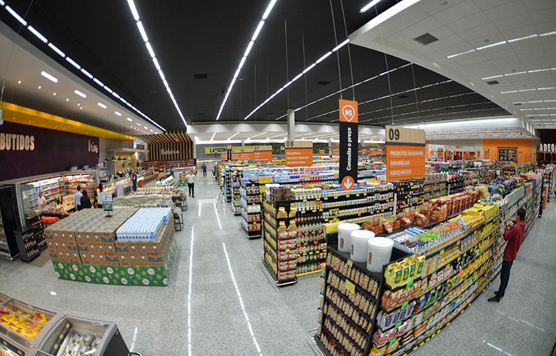 Pague Menos tem 28 lojas em cidades do interior do Estado