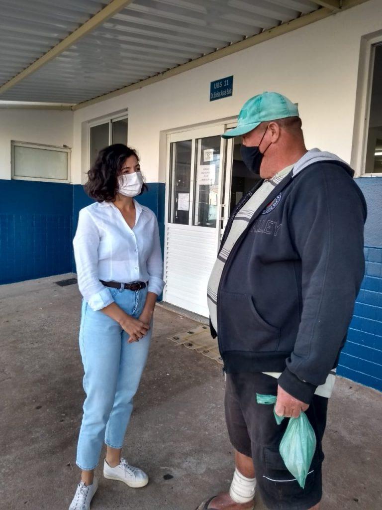 A vereadora Maria Giovana visitou os postos de saúde de Americana
