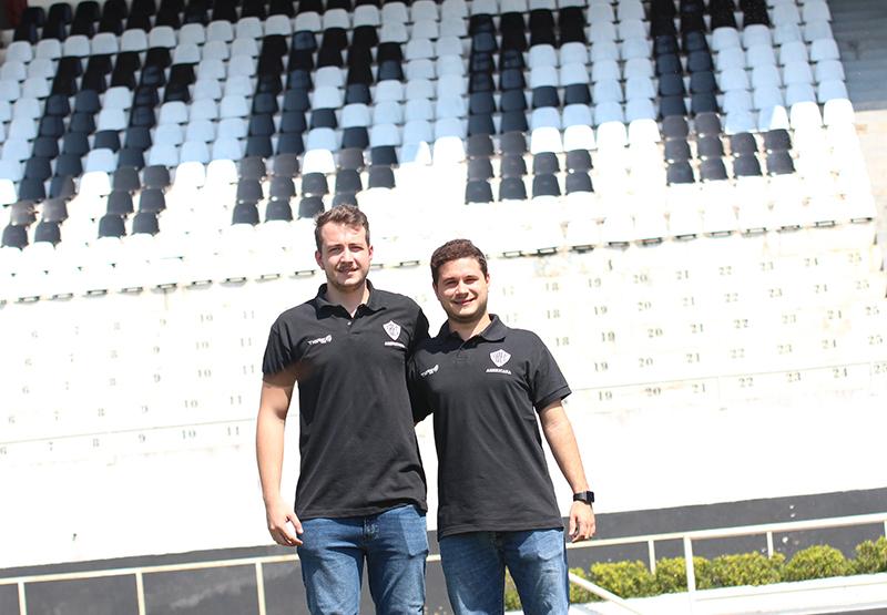 Rafael e Luís Guilherme são amigos de infância e agora estão na diretoria