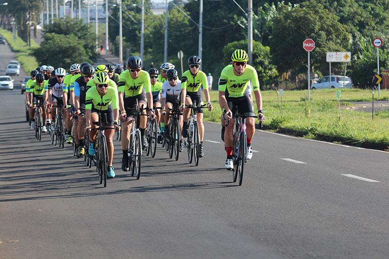 Uma das atividades de ciclismo foi realizada no Jardim Terramérica