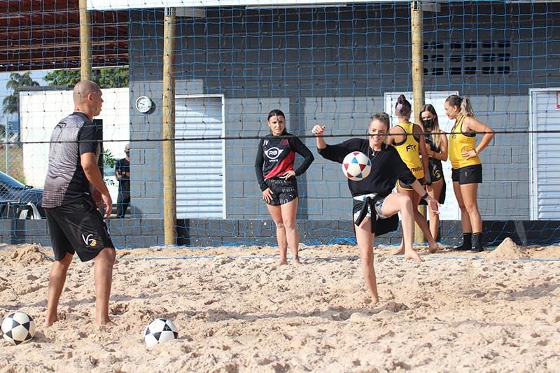 Inauguração da unidade do VG Sports teve treino para as mulheres