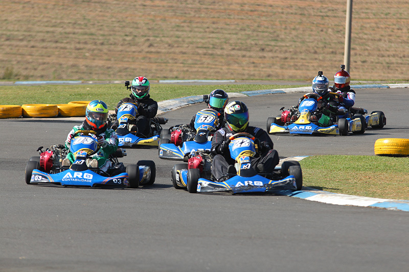 Raceman tem mais uma rodada na pista de Nova Odessa